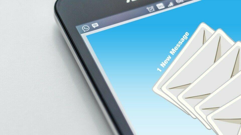 Οι σωστές λέξεις που κάνουν τα email σου πιο αποτελεσματικά!